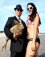 Seara (sea rabbit), Dr. Takeshi Yamada and mermaid at Coney Island Beach in Brooklyn, New York on July 11, 2012. 20120711 019