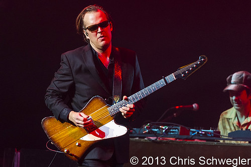 Joe Bonamassa - 05-03-13 - Fox Theatre, Detroit, MI