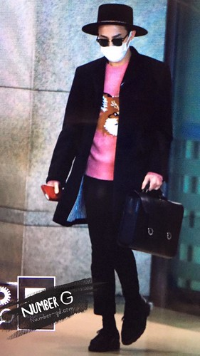 G-Dragon - Incheon Airport - 28jan2015 - Number G - 01