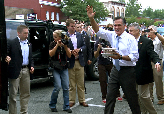 Mitt Romney buys pie in Ashland today