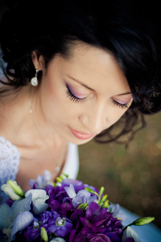 Purple bride bouquet