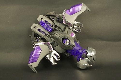 TFP AM-15 Megatron Darkness 32