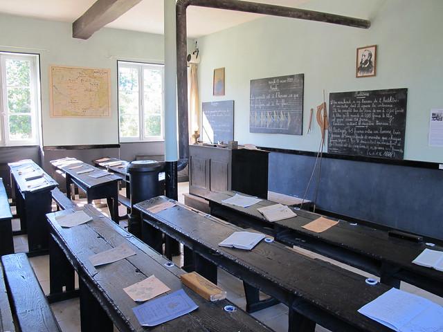 Maison-école du Grand Meaulnes (Alain-Fournier), Epineuil-le-Fleuriel (18)
