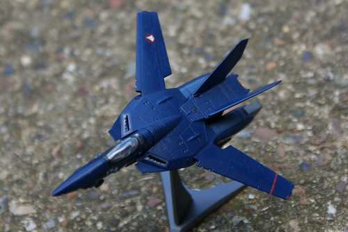 "F-toys 1/144 - Macross VF-1J Valkyrie - ""Dark Bird"" - 4"