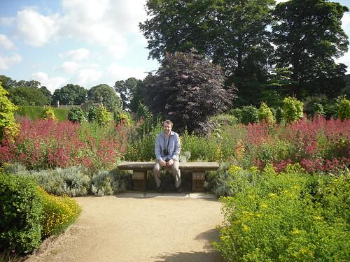 Hardwick Hall, gardens + J