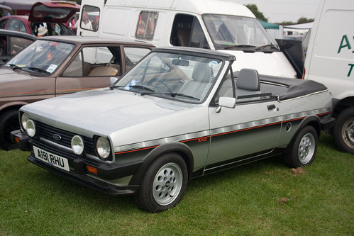1983 ford fiesta xr2 fly convertible. Black Bedroom Furniture Sets. Home Design Ideas