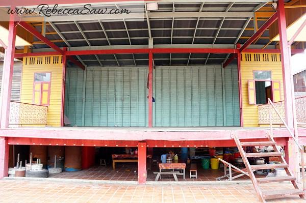 Singora Tram Tour - songkhla old town thailand-013