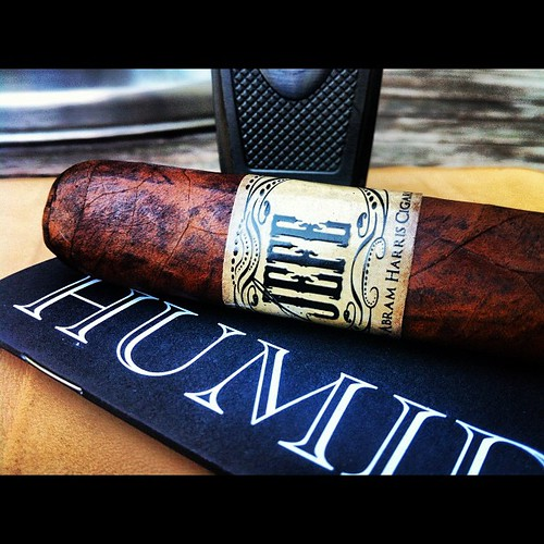 Giving this El Jefe a try based on @humidormuse recommendation.