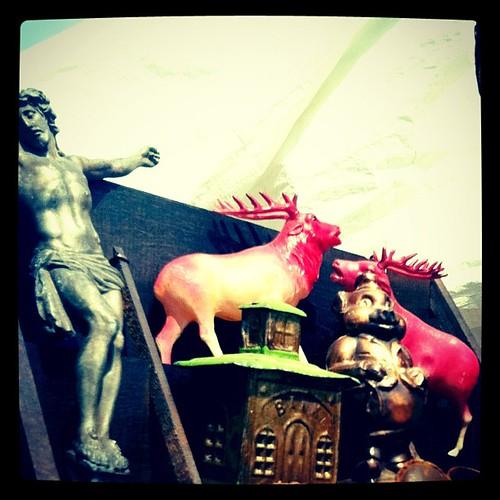 Do I get a Jesus, pink Elk, or a piggy? #Stormville #fleamarket #HudsonValley #newyork