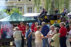 Feuerwehr am Grill und Postkutsche