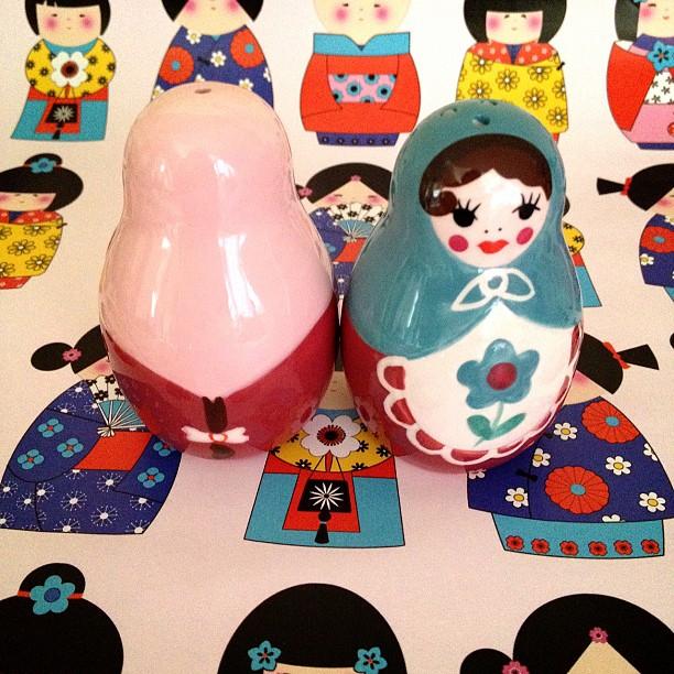 #russaindoll #salt #saltandpepper #pepper #women #pink #blue