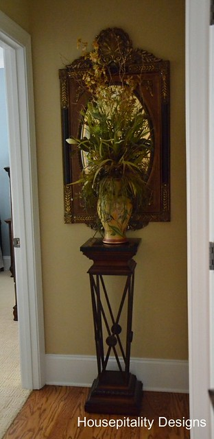 Guest Room Foyer