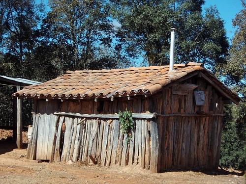 House of one of the four families still in Monte Negro - Casa de una de las 4 familias que quedan en Monte Negro, Región Mixteca, Oaxaca, Mexico