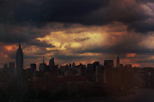 無料写真素材, 建築物・町並み, 都市・街, 朝焼け・夕焼け, 暗雲, 風景  アメリカ合衆国, アメリカ合衆国  ニューヨーク