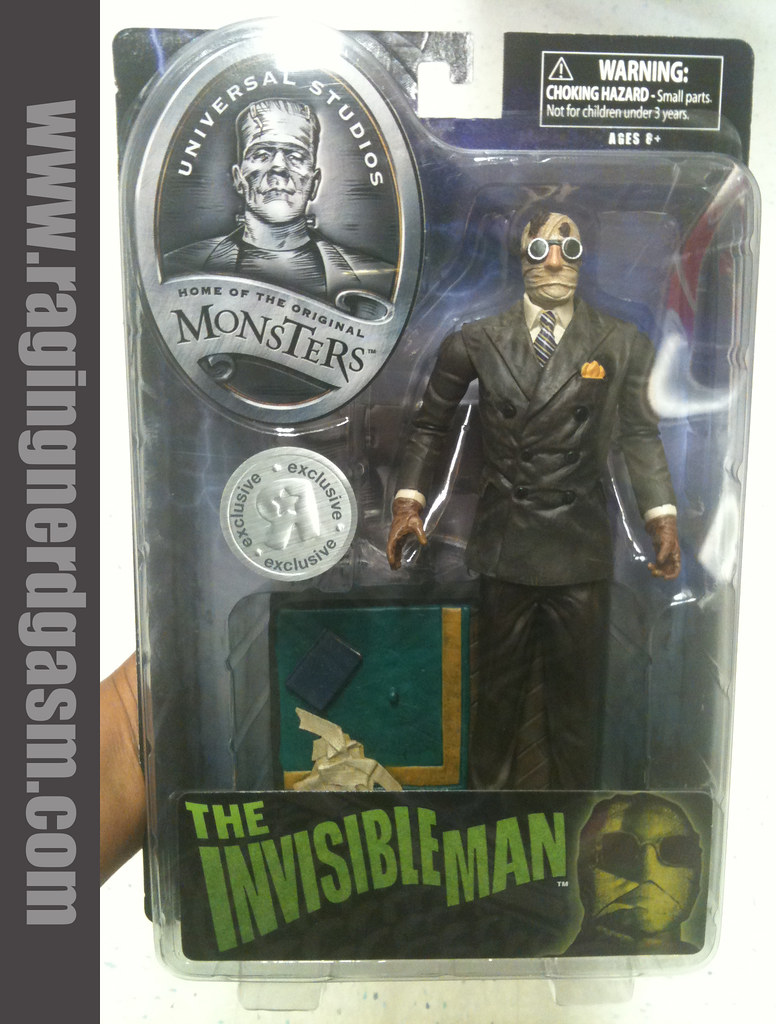 Universal Studios Monsters 7-8 inch figures by DiamondInvisible Man 002