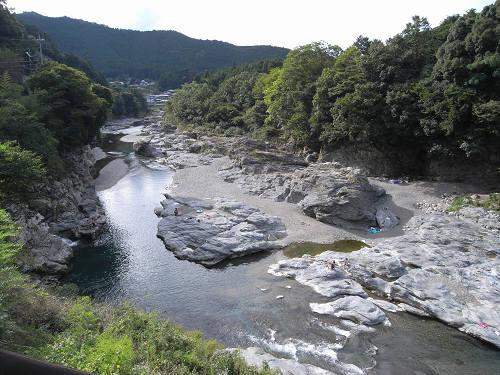 『宮滝遺跡』と柴橋・夢のわだなどの万葉故地@吉野町
