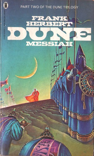 Dune Messiah by Frank Herbert. NEL 1981. Cover artist Bruce Pennington