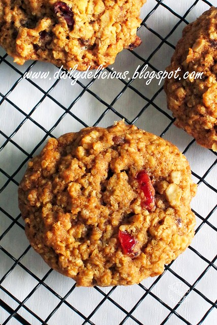 High Fiber Oat and Cranberry Cookies