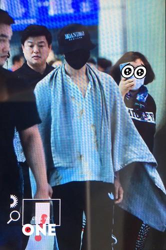 GD YB Dae arrival Seoul 2016-06-13 (32)