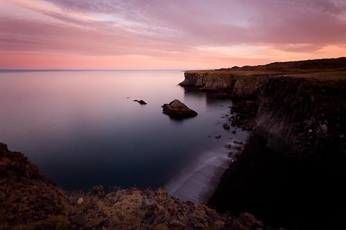 longexposure sea sun beach iceland rocks calm cliffs midnight moonlight arnarstapi snæfellsnes satli allrightsreservedc