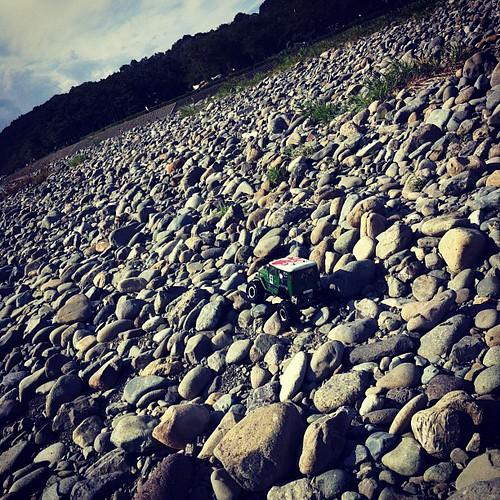 こんな石ころでも平気。ノースタック。