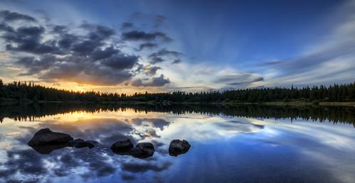sunset water clouds landscape nikon stones smooth nuages auvergne antoine coucherdesoleil rochers waterscape puydedôme 18105 cdt nd400 cibert d7000 lacdeservière