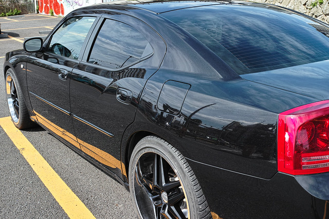 20120817_02_DODGE CHARGER