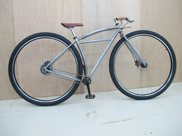 Mr,E's 36er Monster cruiser