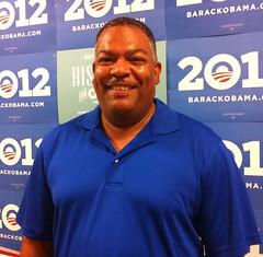Cyril en Kissimmee está luchando por su familia apoyando al Presidente Obama.