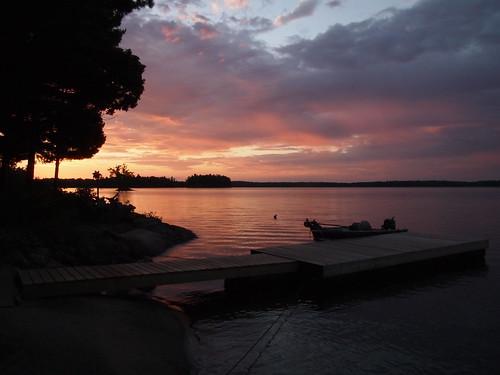 lake sunrise dock cottage bobslake