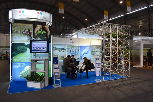 Adasa and Deisa participate in the International Environment Fair in Peru