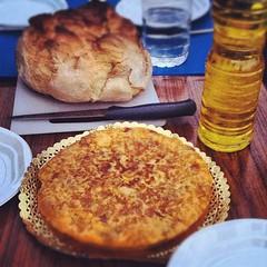 Tortilla de chorizo para unalto en el viaje