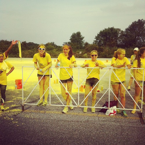 CR - yellow volunteers