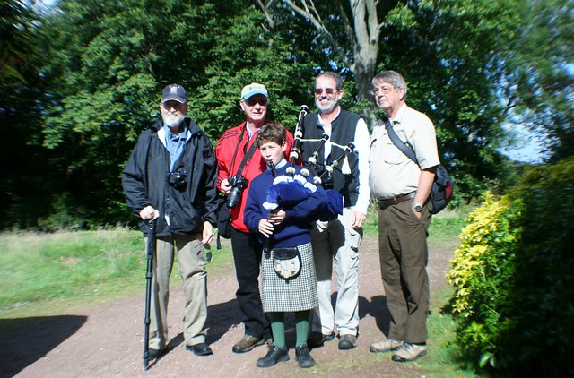 Piper with Tour Group, Rentonhall
