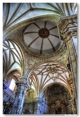 Cúpula e abóbada da basílica de Santa Maria by VRfoto