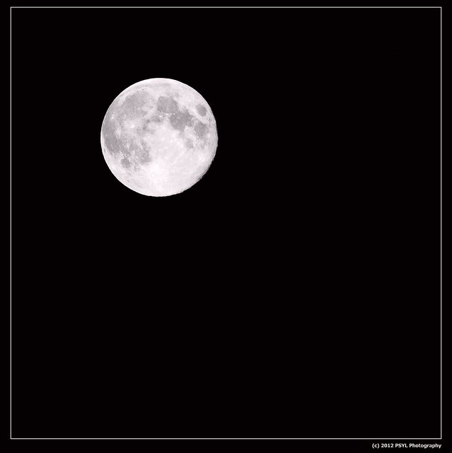 Full Blue Moon (2012-08-31)