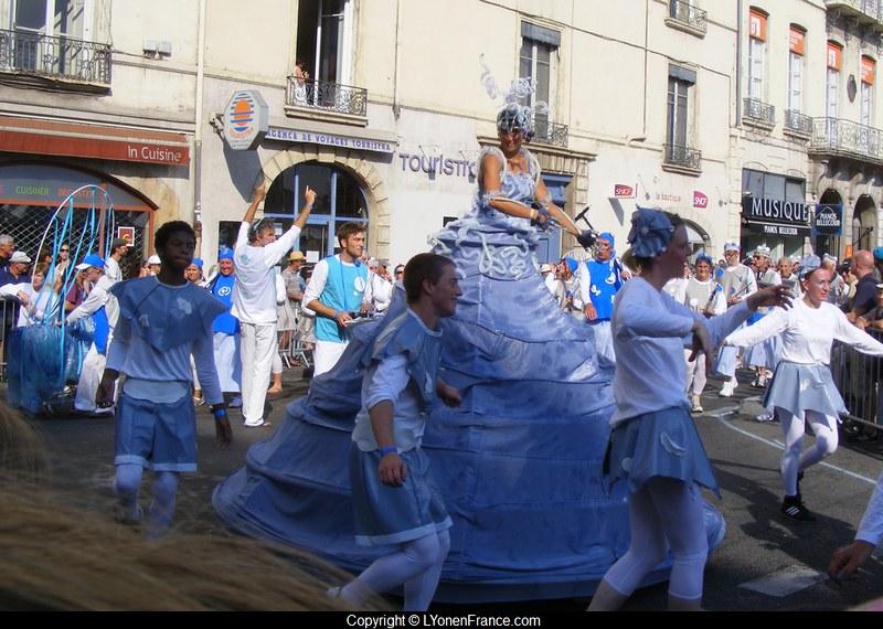 défilé+biennale+2012+danse
