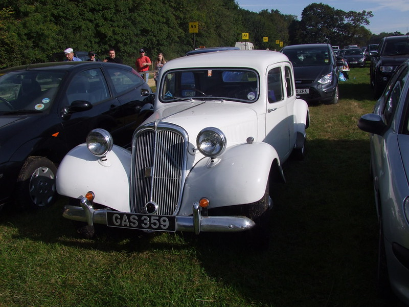 Traction Avant made in England 7983475527_b8cfa9ce68_c