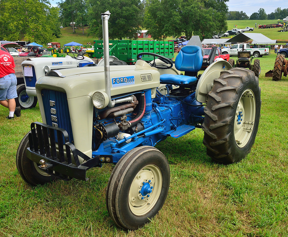 Ford 4000 Tractor Fenders : Mytractorforum the friendliest tractor forum and