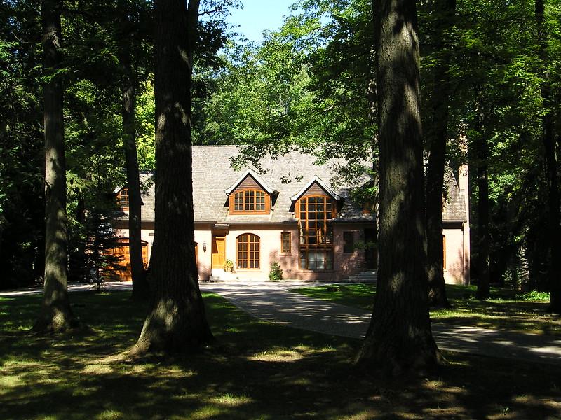 Gordon Woods Mississauga real estate