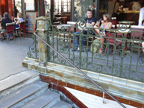 escalier Brochant.jpg