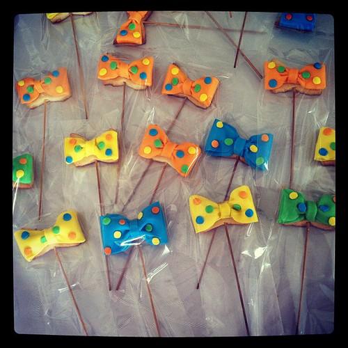 #bowtiecookies #babyboycookies by l'atelier de ronitte