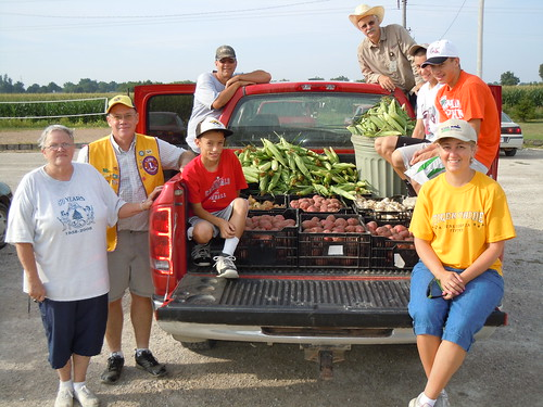 In small rural communities like Cedar County, Iowa it takes many people wearing different hats to coordinate a successful food drive effort. This group gleaned for the Bread of Life Food Pantry to help support USDA's Feds Feed Families campaign.