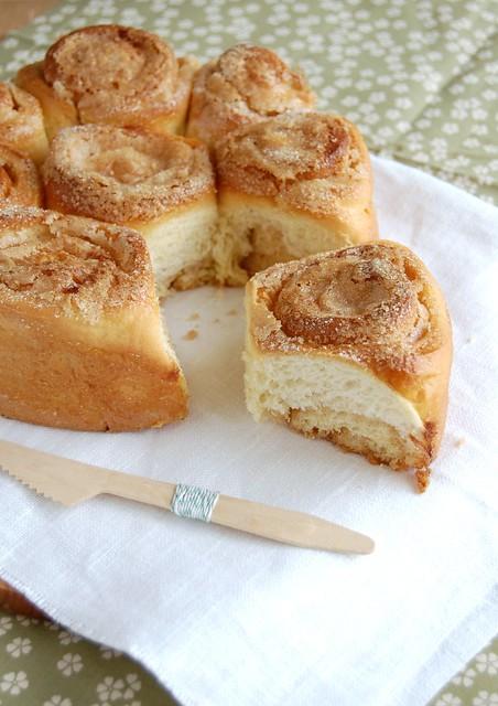 Lemon brioche rose cake / Brioche de limão siciliano