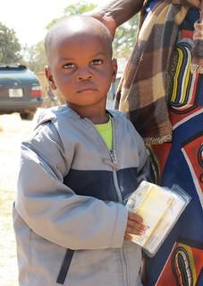 Child with Kit Yamoyo   Siachitema
