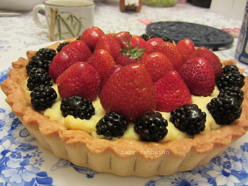 berry berry fruit tart