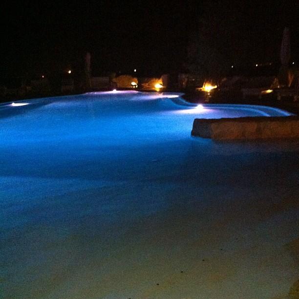 Cena a bordo piscina #pool #piscina #masseria #montenapoleone #sea #food #foodporn