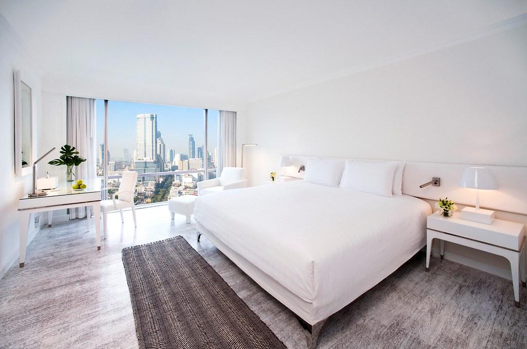 Deluxe room day view - Bangkok.jpg