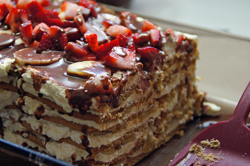 Banana Split Icebox Cake (18)