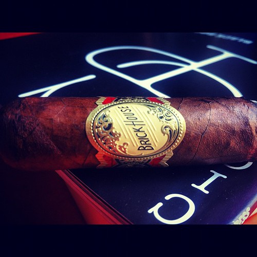 Back to basics with a Brickhouse by @jcnewmancigars